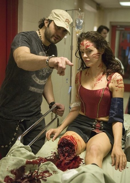 Robert Rodriguez és Rose McGowan Terrorbolygó (2007)