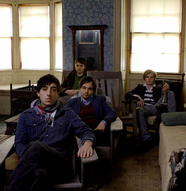 Grizzly Bear - Shileds