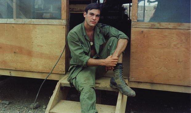 Oliver Stone Vietnámban 1968