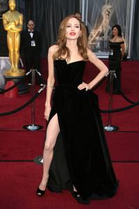 angelina_jolie_black_dress_wi