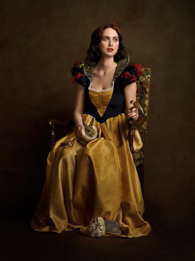16th-century-portrait-cosplay-snow-white