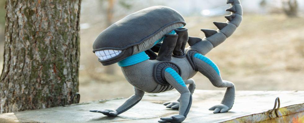 alien plush 1