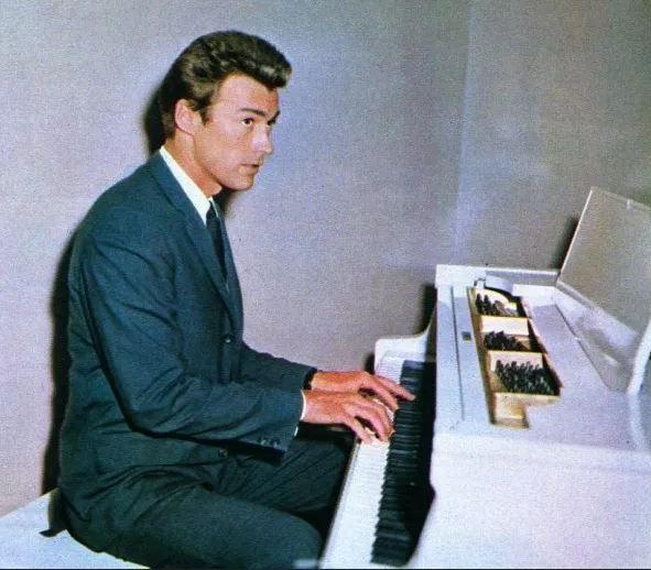 clint zongora