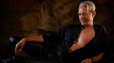 Jeff Goldblum Jurassic Park Pose 001